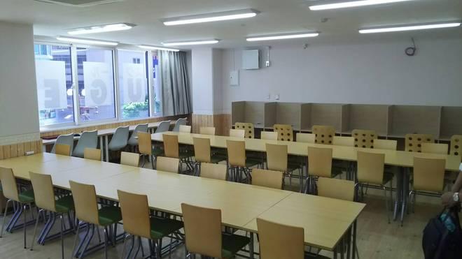 教室内観②【中央校】.jpg